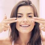 6 Cara Menjaga Kulit Wajah Tetap Kencang & Awet Muda