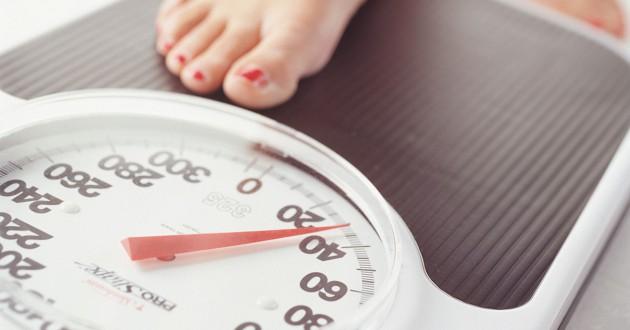 Timbang berat badan secara rutini via rush.edu