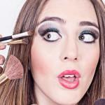 8 Tips Make Up Bagi Kamu yang Memiliki Wajah Berminyak