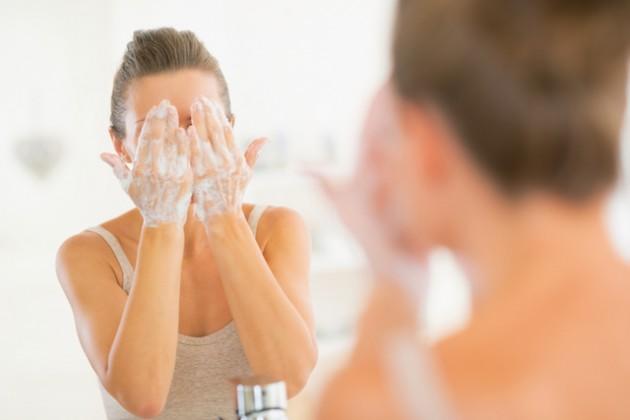 Mencuci wajah jangan lebih dari 2x