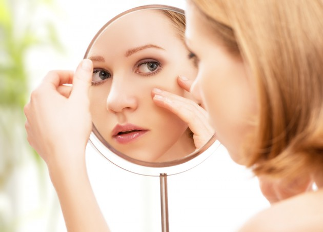 Kelebihan gula menimbulkan masalah kulit - via doctorrousseau.com