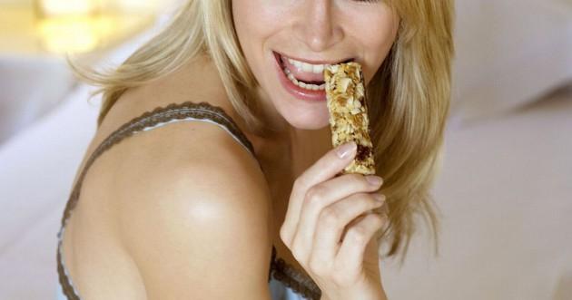 Hati-hati dengan kalori dalam granola bar via mirror.co.uk