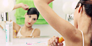 5 Kiat Mencegah Jerawat Muncul di Ketiak