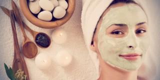 8 Masker Alami yang Ampuh Menghilangkan Bekas Jerawat