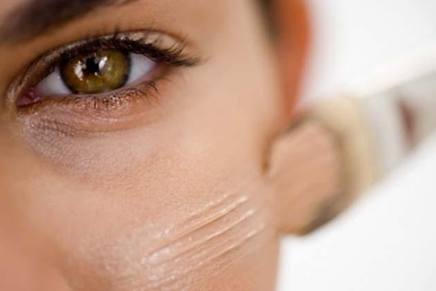 Pakai makeup primer dulu