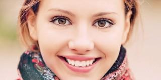 8 Cara Mudah Membuat Bibir Kembali Merah dan Indah