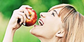 Pola Makan yang Wajib Dijalani Untuk Mengusir Jerawat Pergi