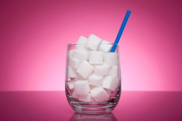 Konsumsi gula tambahan wajib dipangkas via occoquanbayperformance.com