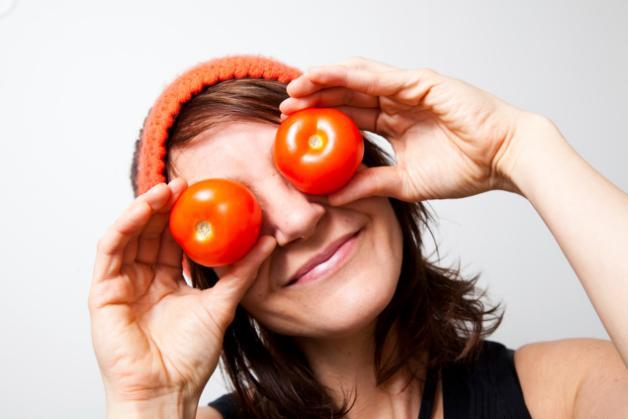 Jus tomat untuk toner alami via in.lifestyle.yahoo.com