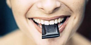 6 Tips Menikmati Cemilan Secara Cerdas dan Sehat